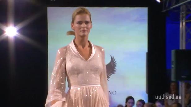 TV3 VIDEO! Supermodell Carmen Kass astus üles kodumaisel moelaval