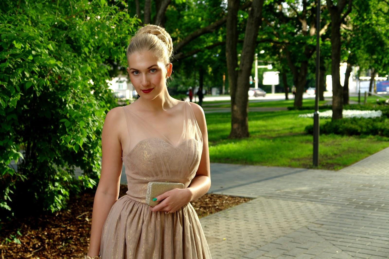 BLOGIJATE ILUÕHTU! Moeblogija Emilia Elizabeth: tänu blogile olen saanud võimaluse piiluda moe- ja ilumaailma telgitagustesse