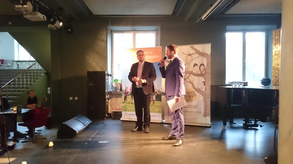 OLE TEADLIK! Täna esitles MTÜ Lastekaitse Liit teatris NO99 ÜRO Lapse õiguste konventsiooni täiendavat aruannet
