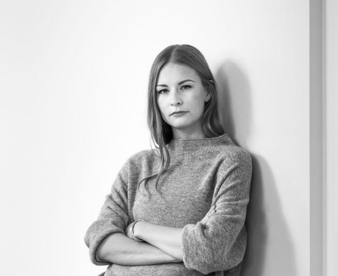 Ivo Nikkolo disainer Britta Laumets: mantelkampsun annab võimaluse kihtidega mängida