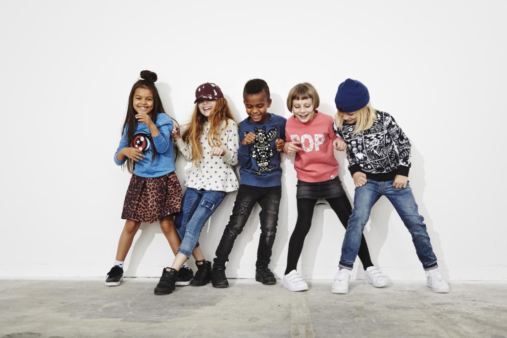 Lastemoes domineerivad superkangelased ja retrostiil