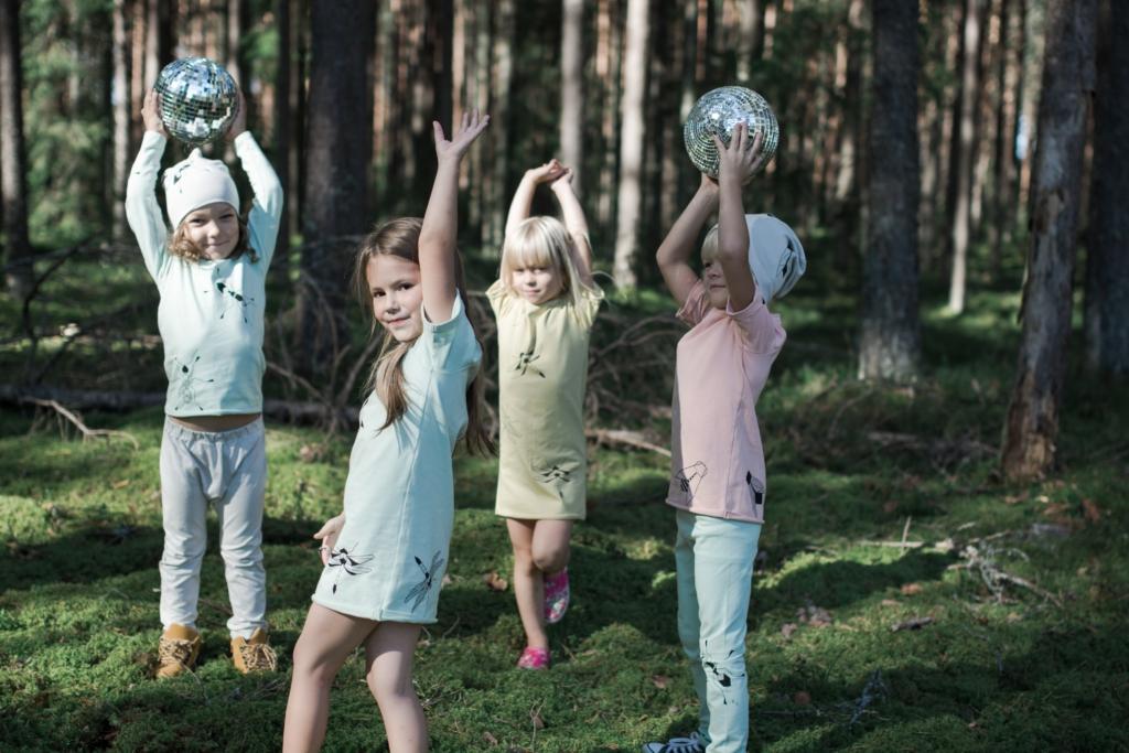 Palju õnne! Eesti bränd Tjorven Kids tõsteti Euroopa suurima moemessi Playtime Paris raames uustulnukana esile