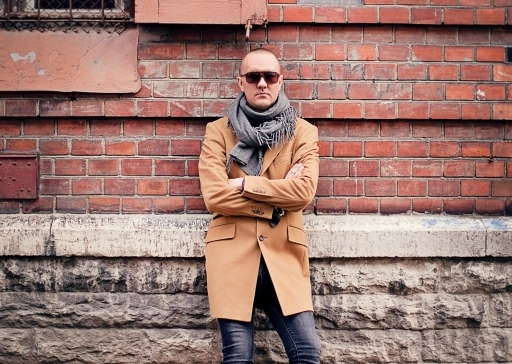 Stilist Kenneth Bärlin: trench on kevadgarderoobis asendamatu