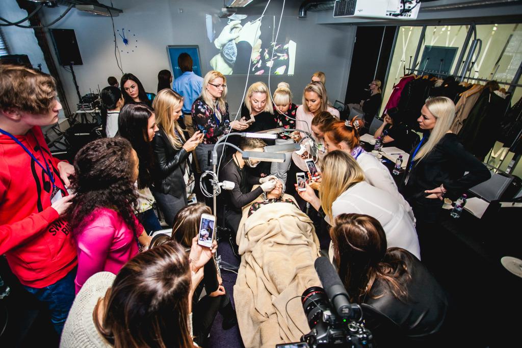 Hiigelgalerii! Konverents Tallinnas tõi siinsete iluloojateni põnevamad uued stiilid tipptegijatelt