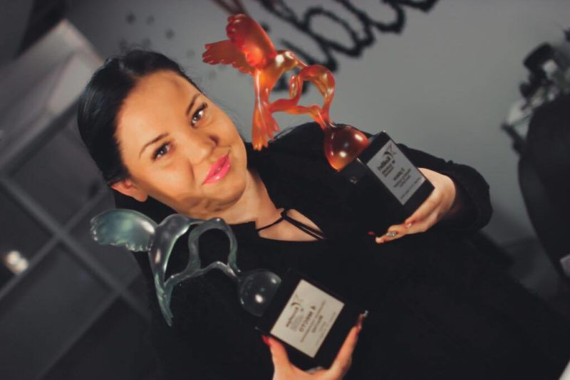 Aastalõpupidustuste spikker! Tunnustatud ilulooja Kristina Toome: püsiva meigi saavutamiseks on tähtsaim meigipõhi